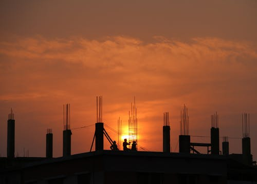 Facing the Challenges of Managing Large Property or Work Sites